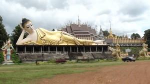 Reclining Buddha near Phrae
